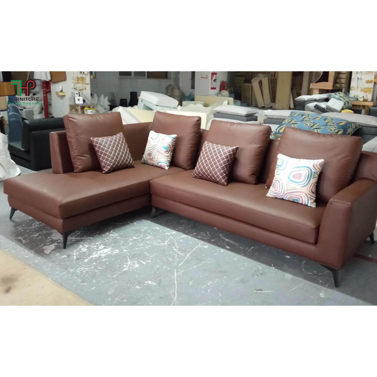 sofa-da-cao-cap-nhap-khau-tai-TPHCM.jpg
